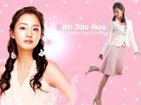 Tae Hee in pink