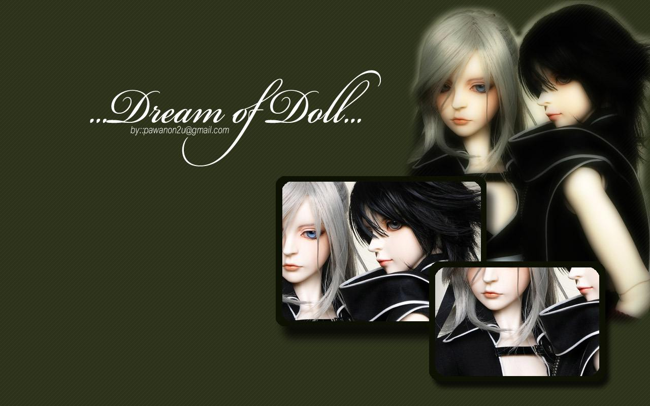 Dream of Doll Wallpaper