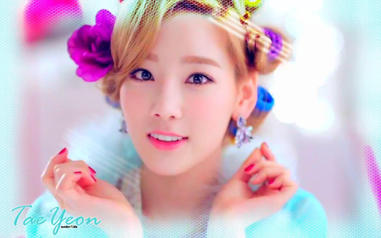 SNSD ♥TaeTiSeo♥ ~ TaeYeon Wallpaper