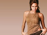 Angelina_Jolie_080021