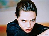 Angelina_Jolie_080032