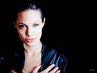 Angelina_Jolie_080033