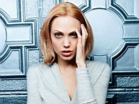 Angelina_Jolie_080038