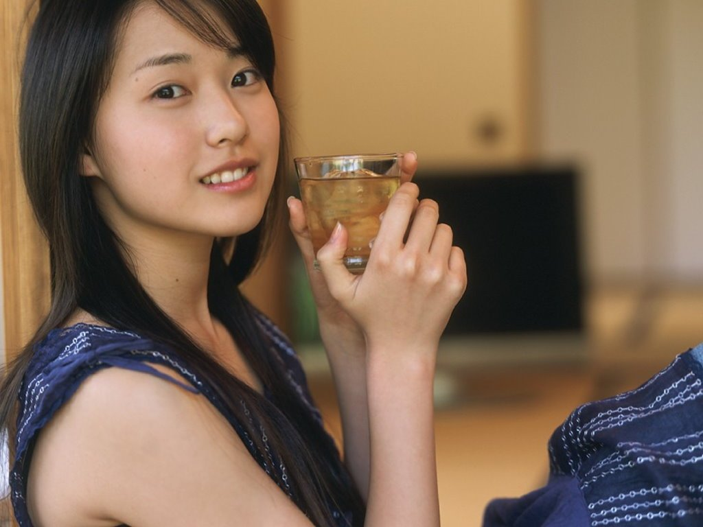 Erika Toda - Wallpaper Actress