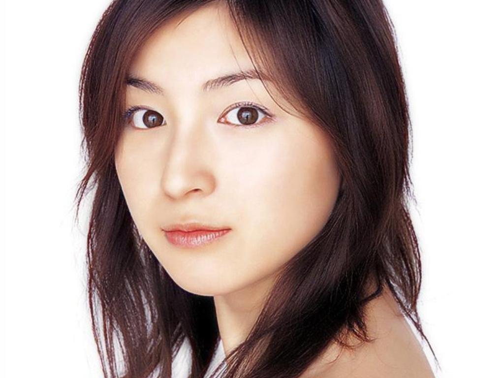Ryoko Hirosue Nude Photos 90