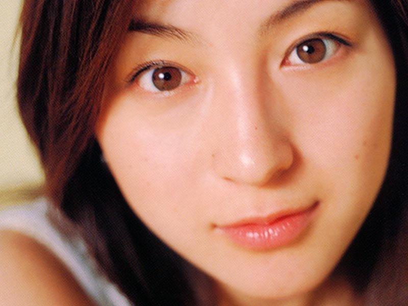 Ryoko Hirosue Nude Photos 32