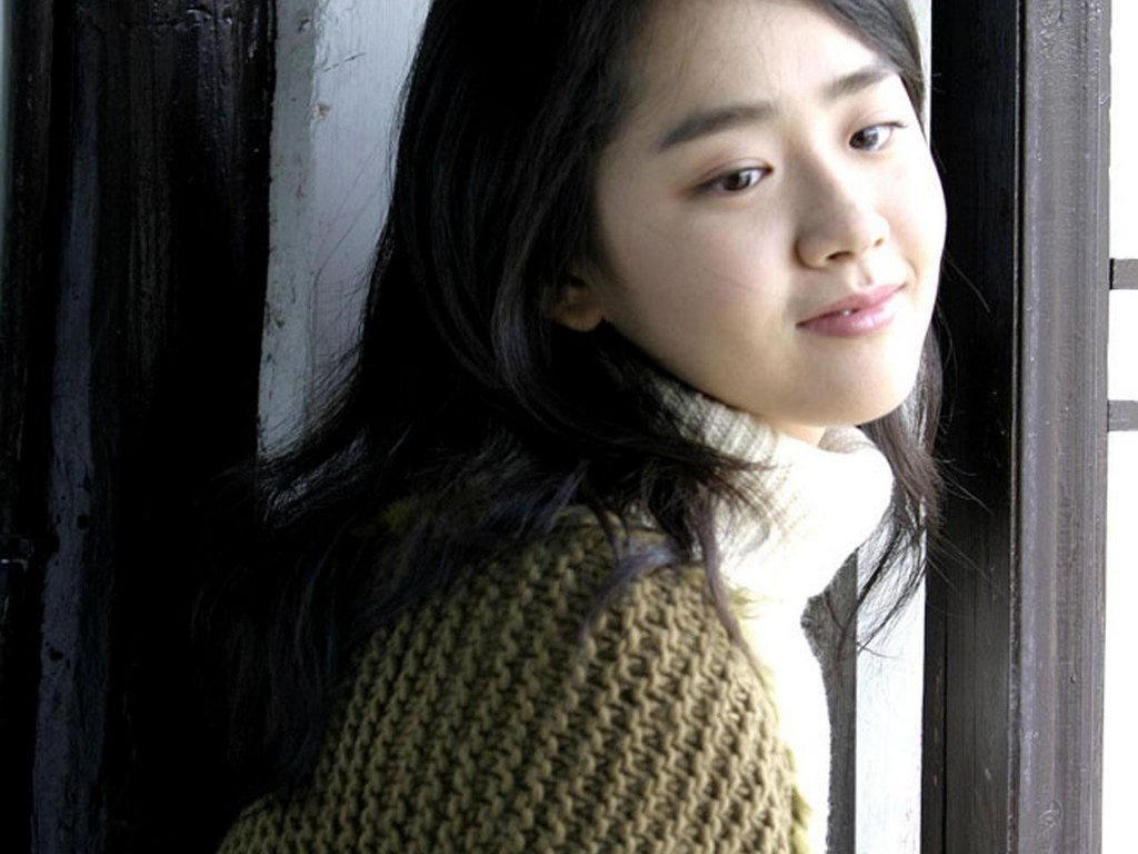 Moon Geun Young - HD Wallpapers